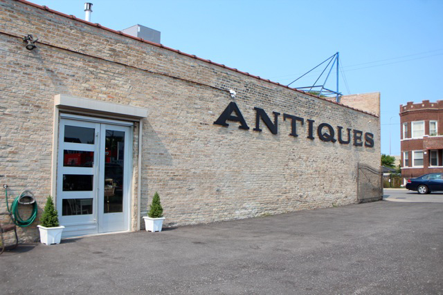 Olde Chicago Antiques | Antique and Vintage Shops in Chicago