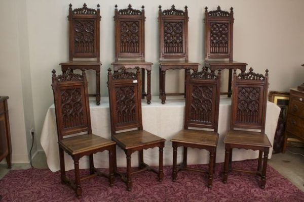 French Gothic Revival Carved Walnut Set Of 8 Dining