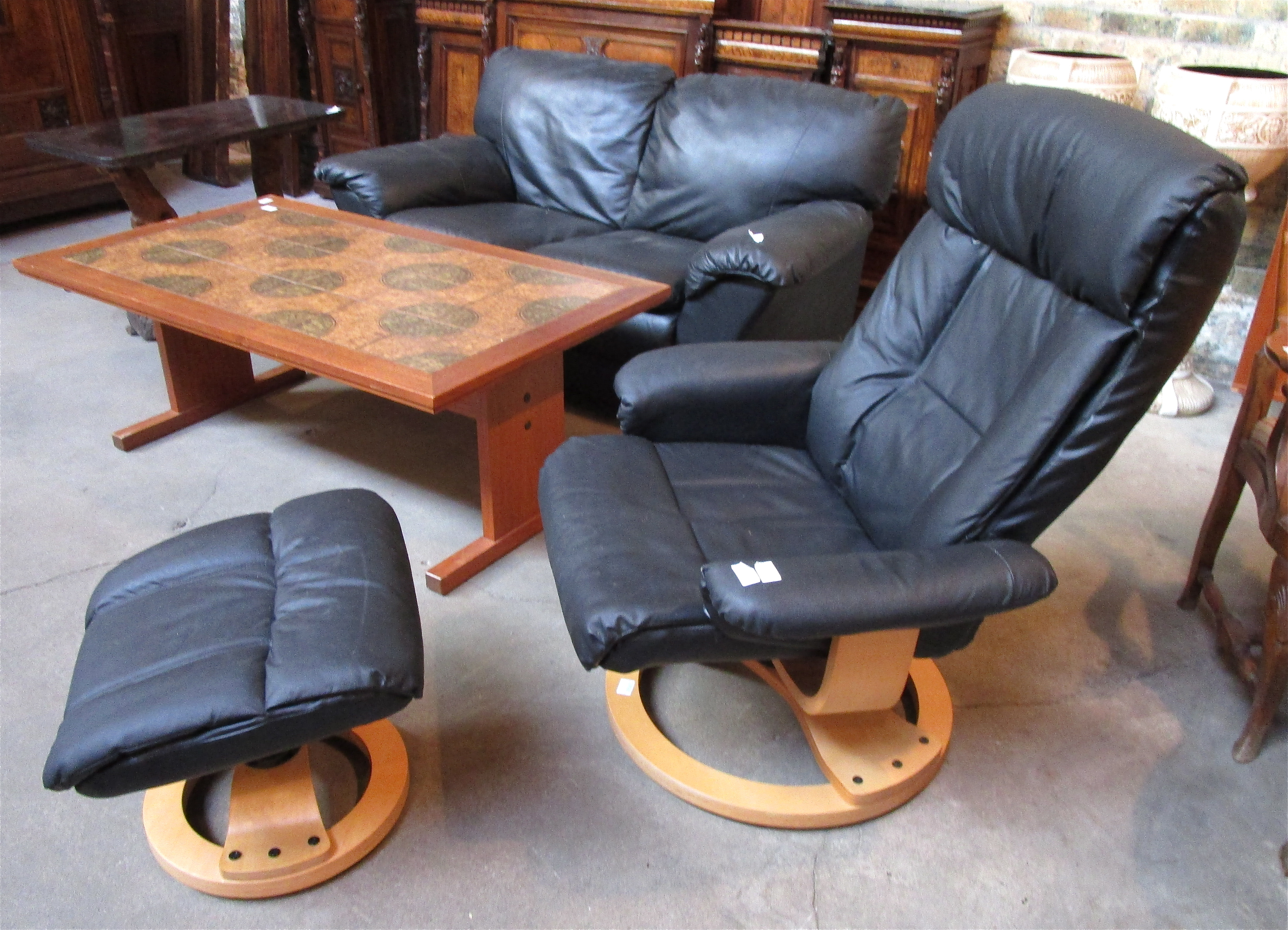 Attractive Mid Century Modern Bent Wood Recliner and Ottoman – Denmark   Olde  RR94